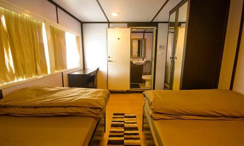 Infiniti Liveaboard Standard Cabin