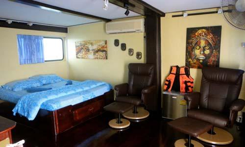Oktavia Liveaboard Master Double Bed Cabin