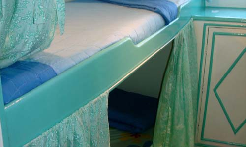Dolphin Queen Twin Bed Cabin